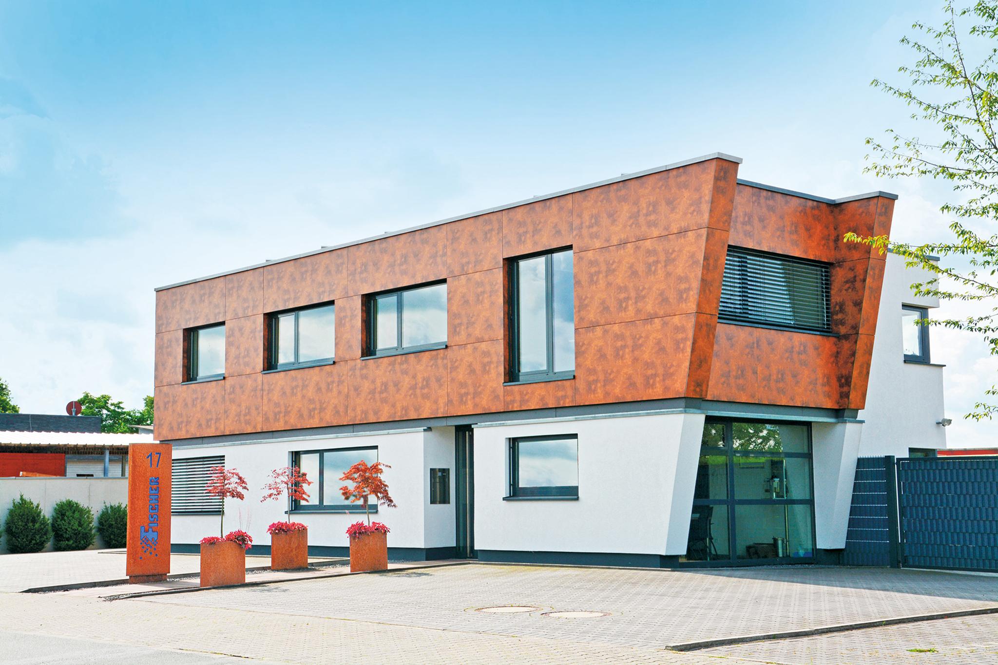 Repräsentatives Bürogebäude mit Industriehalle in Emsdetten Industriegebiet West-Süd / Spatzenweg ab Sommer zu vermieten…